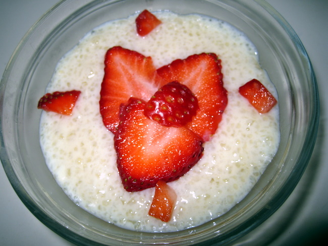 Vegan Berry-Tapioca-Pudding