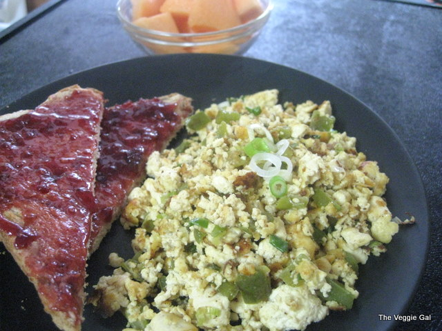 Cheezy Tofu Scramble