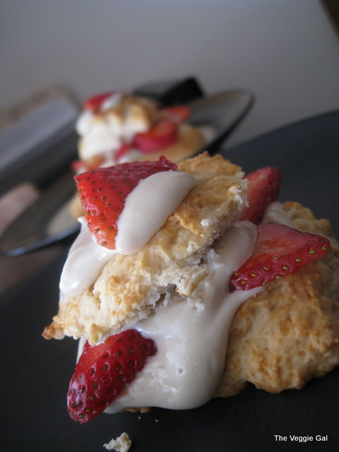 Strawberry Shortcake with Creamy  Cashew Cream
