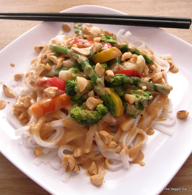 Vegan Rice Noodles w-Spicy Peanut Sauce